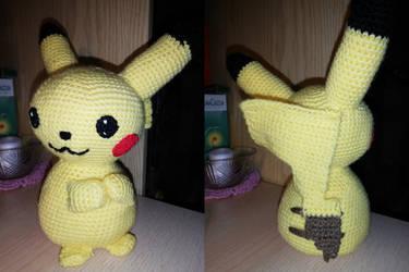 Pikachu by Chibilory