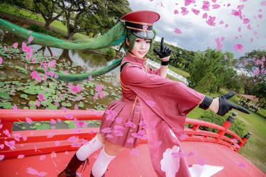 Vocaloid - Senbonzakura Hatsune Miku by Xeno-Photography