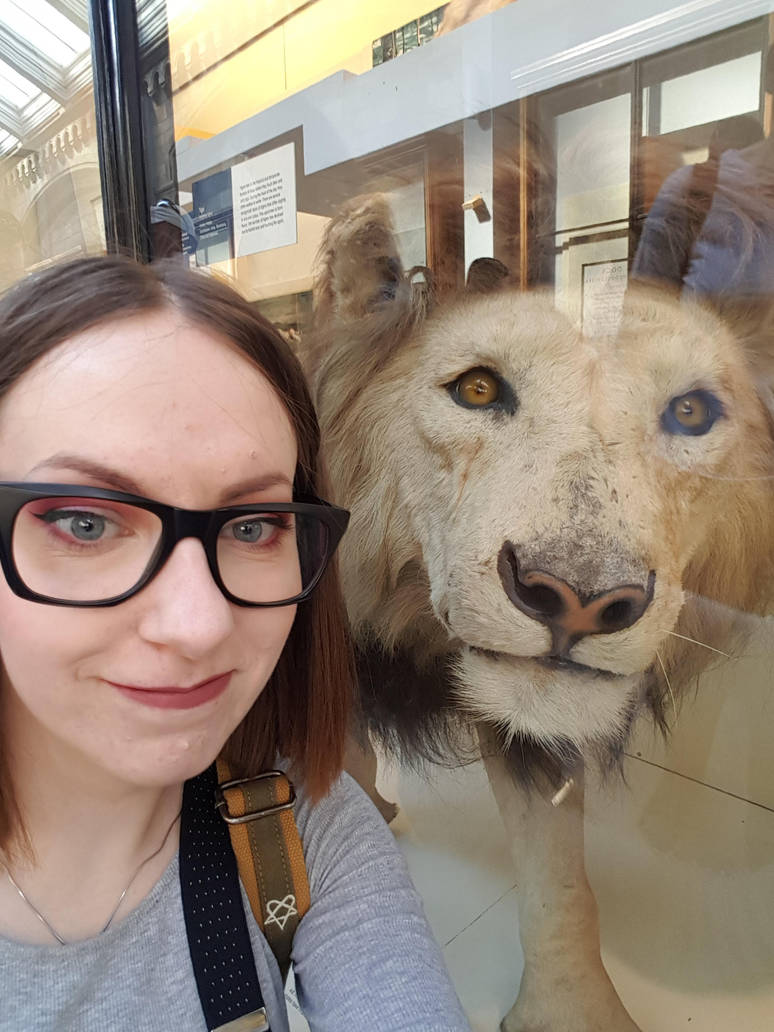 Selfie with Lion by Oceansoul7777