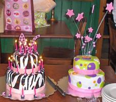 Dot Cake and Zebra Cake by Zanowin