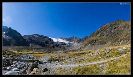 Tibet - or am I still in The Tyrol by stetre76