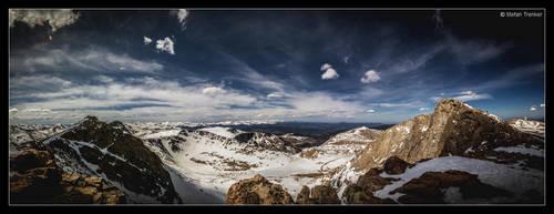Looking around Mt Evans by stetre76