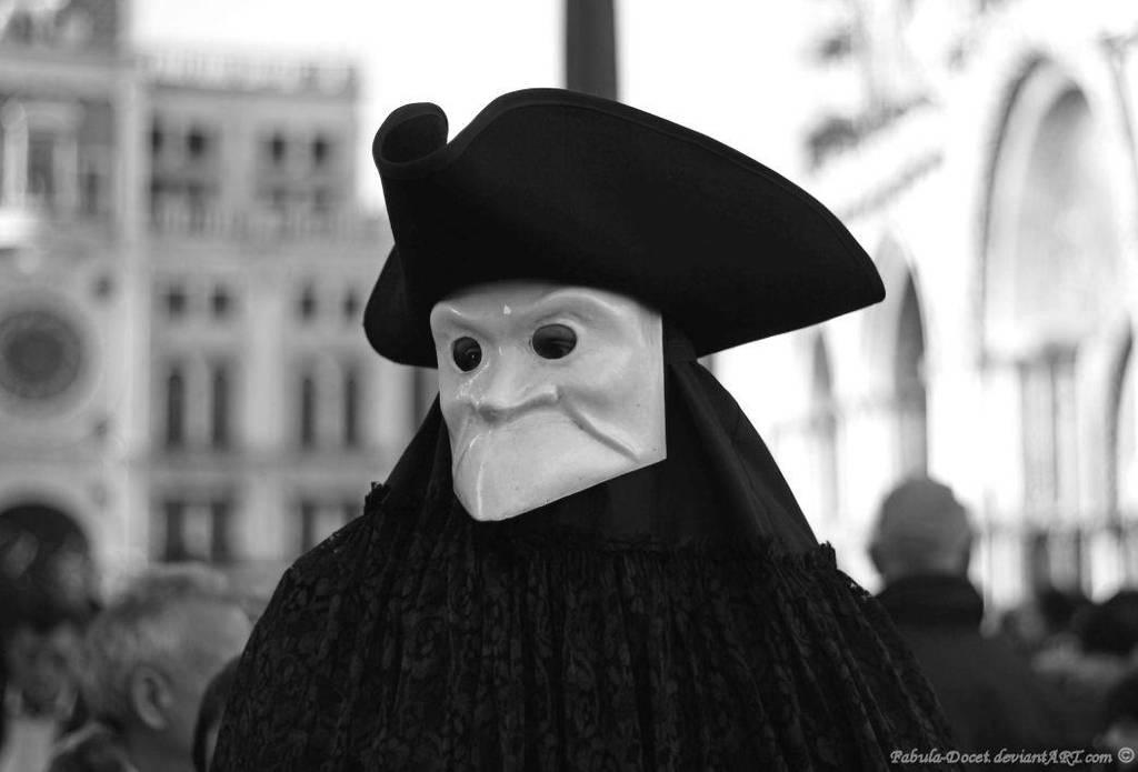 Venetian Masks: La Bauta by fabula-docet