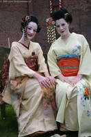 Maiko's of the Low Country by e-Sidera