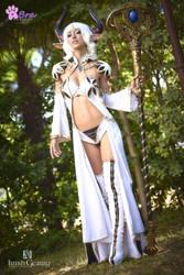Castanic Priest Cosplay - Tera online by Adelbra