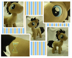Dr Whooves Plushie (Commission) by Val-Hasseth