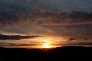 Welsh Sunset II by mutanteyeball