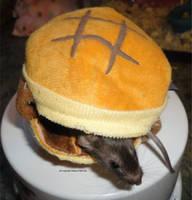 Magellen mouse hamburger by JanusMouse