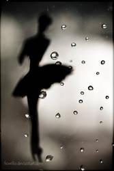 tip toe in the rain... by FioReLLo