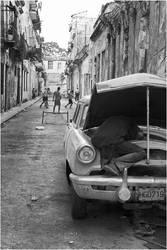 Havana Street Scene by baleze