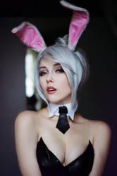 Battle Bunny Riven by Helen-Stifler