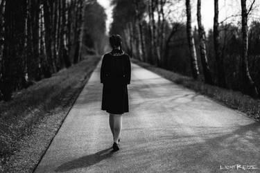 empty roads by LichtReize