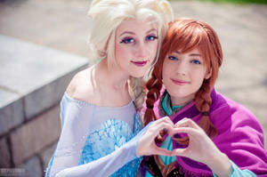 Frozen: Love Will Thaw by cafe-lalonde