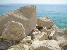Coast with rocks by jeannemoon