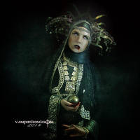 Pandora by vampirekingdom