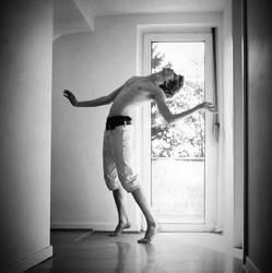 escape from reality by NikolasBrummer