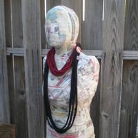 Slasher scarf - Red and Black by eitanya
