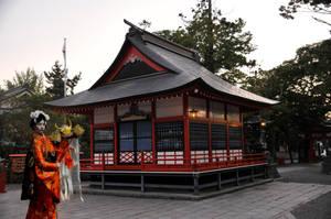 Geisha and Matsumoto Shrine by AndySerrano