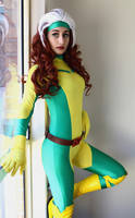 Rogue cosplay by RiiCosplay