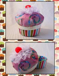 A Cupcake for Elizabeth by strawberrybabygirl