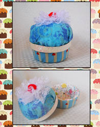A Cupcake for Megan by strawberrybabygirl