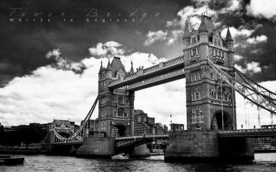 Tower Bridge by wOrt3x