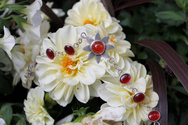Carnelia's Bracelet by AutumnTwilight