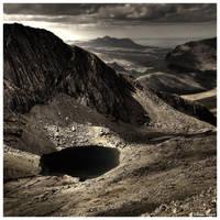 Dramatic Snowdonia by JeRoenMurre