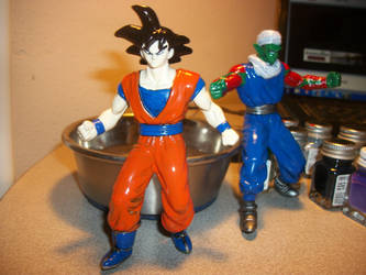 hand painted Goku by efc2004