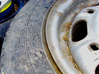 Old tire details by CyberKiller1