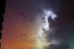 Lightning by VitoDesArts