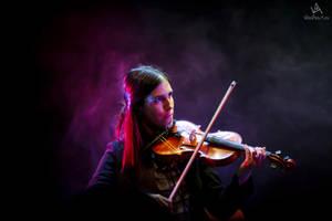Violinist by VitoDesArts
