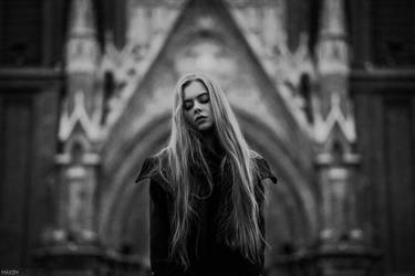 Gothic by livingloudphoto