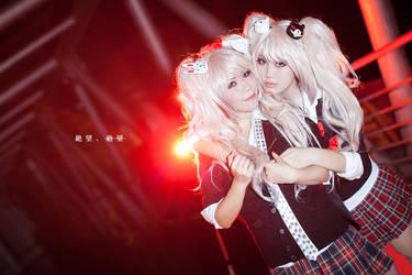 Despair Sisters 02 by vicissiJuice