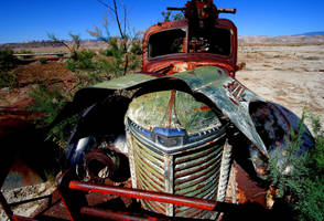 Old Truck by Hobgoblin666