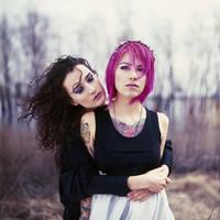 Sophia and Natasha by psychiatrique