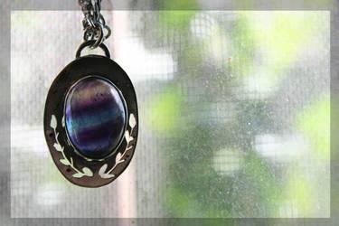Fluorite pendant by BichoBolita