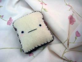 Toast Plushie by uglykat