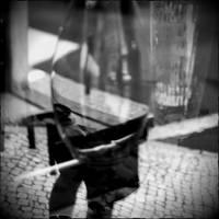 on legs by scheinbar