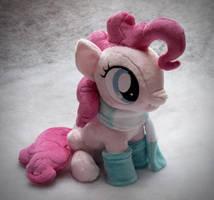 Sitting Pinkie Pie - Winter Edition by navkaze