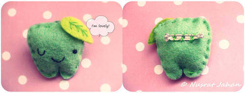 green apple brooch. by ButterMakesYouFat