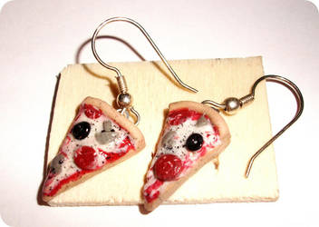 italian pizza earrings by ButterMakesYouFat