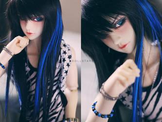 Blue Eyes by dollstars