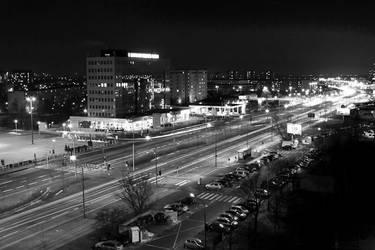 Poznan at night by DrakeDH