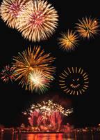 Peoria Riverfront Fireworks by freeskifreeride