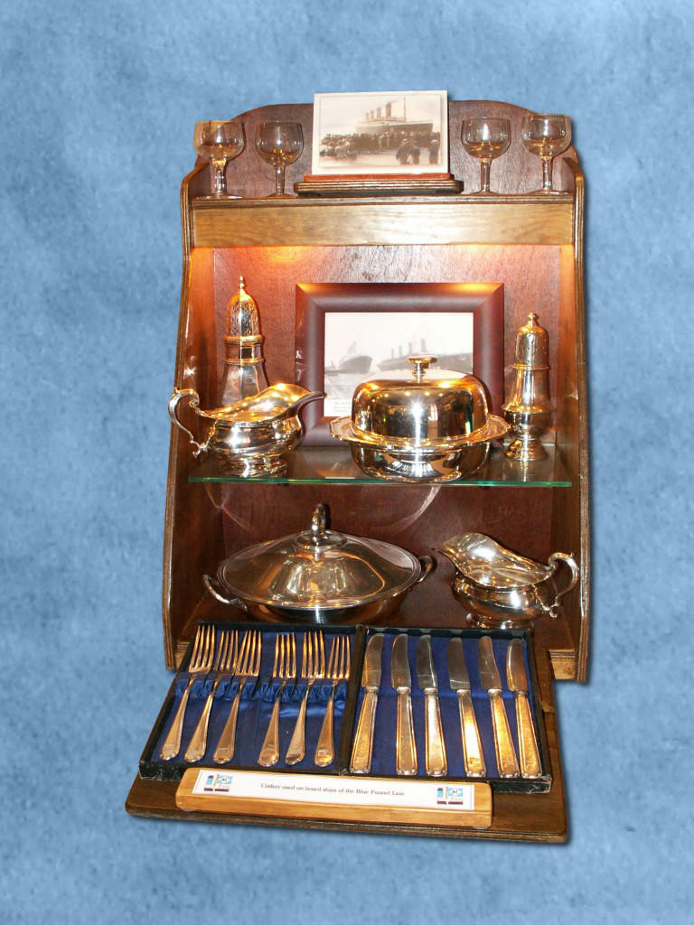 Some silverware by CemaesMaritime