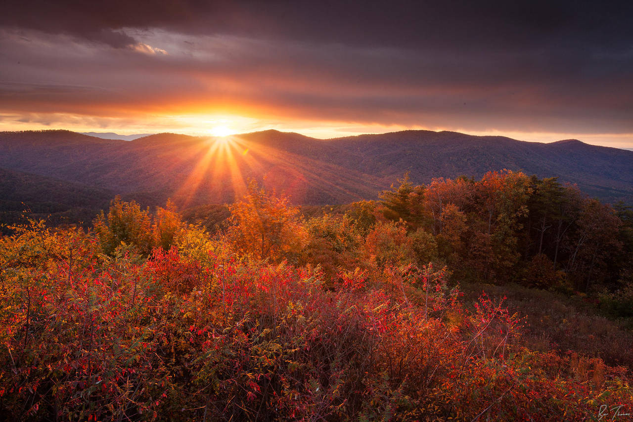 Sunrise Over Cohutta Wilderness by rctfan2