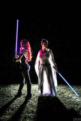Mara Jade and Princess Leia by DallasNagataWhite