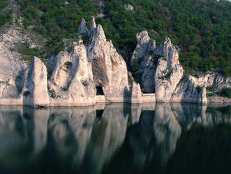 'Wonder Rocks' - Bulgaria by Chinuk