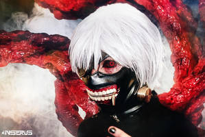 Kaneki Ken -Tokyo Ghoul Cosplay by INSERIUSlife